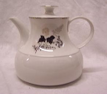 Stonegate / Heritage Wooddale Tea Pot