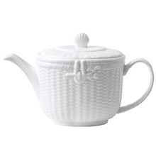 WEDGWOOD NANTUCKET BASKET TEAPOT