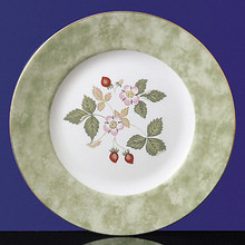 Wedgwood Wild Strawberry Accent Salad Plate 8""