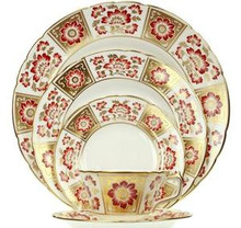 Royal Crown Derby Panel Red 5 Piece Place Setting