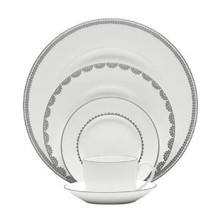 Vera Wang Vera Flirt 5 Piece Place Setting