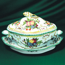 Mottahedeh Duke of Gloucester Soup Tureen & Oval Plate