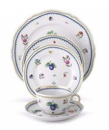 Richard Ginori Italian Fruit 5 Piece Place Setting