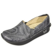Deb Shoe