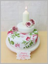 Rambling Rose Luxury Cake