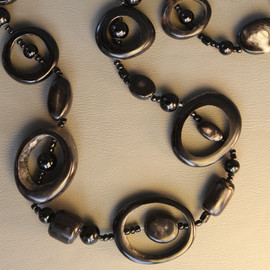 The Alexandra Hoop & Bead Necklace - Dark