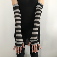Black & Grey Striped Driving Gloves
