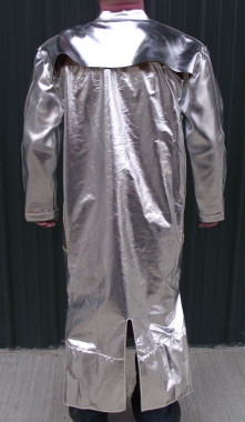 This aluminized leather coat is designed to provide complete body coverage. For the best protection, wear with the 516C legging spats and our 315F gloves, also available online.
