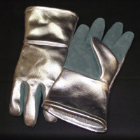 High Temperature (HT) Leather is used on the palm and thumb