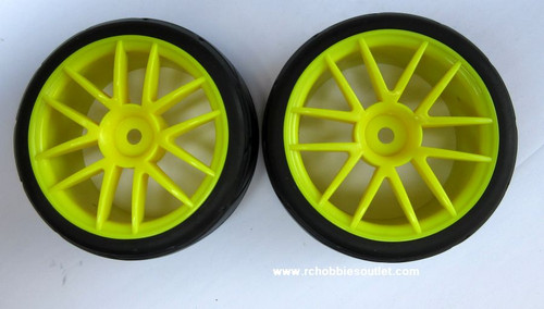 02020 02185 1/10 Scale Wheel Tire And Yellow Rim Complete X 2