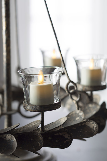 """Liown 1.5"""" 2 Pack Moving Flame Tealight Battery Candle 36116"""