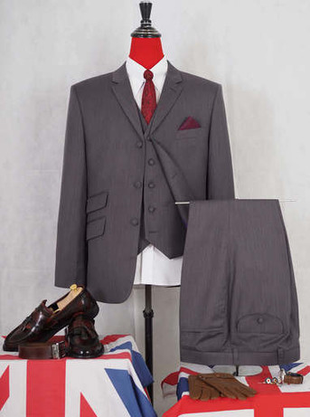 Only this suit| classic grey herringbone suit 40R jacket / 34-32 trouser