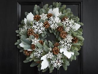 'Let It Snow' Wreath Making Class