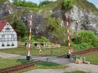 Auhagen 41604 Level Crossing With Barrier 00/HO Model Kit