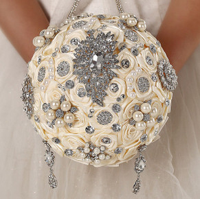 Elegant Austrian Crystal Silk Wedding Bouquet