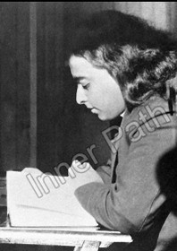 Paramhansa Yogananda Photo - Reading on a Train - 5x7