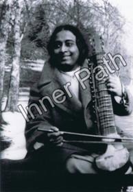 Paramhansa Yogananda Photo - Playing an Esraj - 5x7 Print