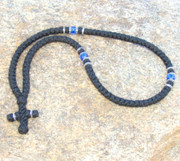 100-knot Greek with Accents - 3 ply with Blue Beads
