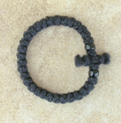 33-Knot Bracelet with Cross Bar - 2 ply with Black Beads