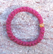 33-Knot Bracelet with Single Bead - 2 ply Red