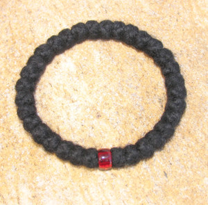 33-Knot Bracelet with Single Bead - 4 ply with Garnet Bead