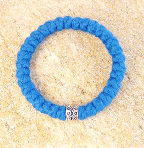 33-Knot Bracelet with Single Bead - 4 ply Adriatic Sea Blue