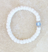 33-knot Bracelet with Accents - 2 ply White