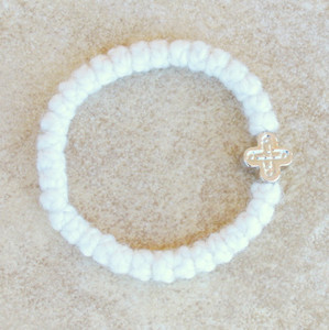33-knot Bracelet with Cross Bead - 2 ply White
