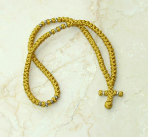 100-knot Greek with Accents - Gold