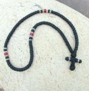 100-knot Greek with Accents - 2 ply with Red Beads