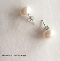 JACQUELINE Freshwater Pearl  Earrings  (group discount available) - FREE SHIP