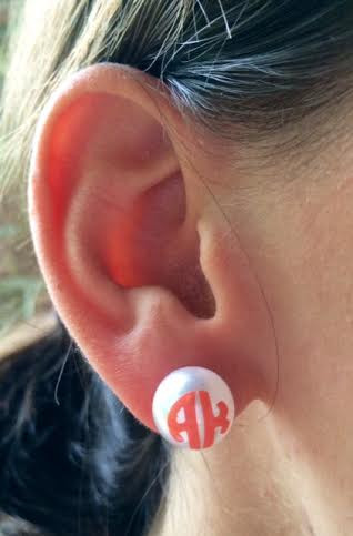 Monogrammed Pearl Earrings www.tinytulip.com