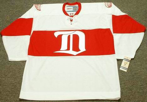 free shipping e23ea 3e461 DETROIT RED WINGS 1920's CCM Vintage Jersey Customized