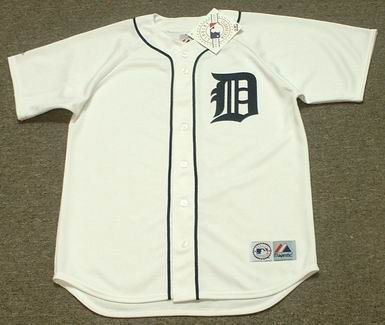 new product a9d71 2cfc6 JUSTIN VERLANDER Detroit Tigers 2006 Majestic Throwback Home Baseball Jersey