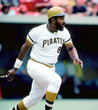 WILLIE STARGELL Pittsburgh Pirates 1971 Home Majestic Throwback Baseball Jersey - ACTION