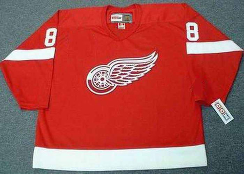 IGOR LARIONOV Detroit Red Wings 2002 Away CCM Throwback Hockey Jersey - FRONT