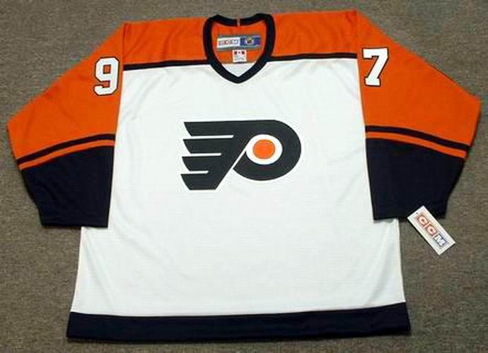 JEREMY ROENICK Philadelphia Flyers 2003 CCM Throwback Home NHL Hockey Jersey  - Front faba2e760