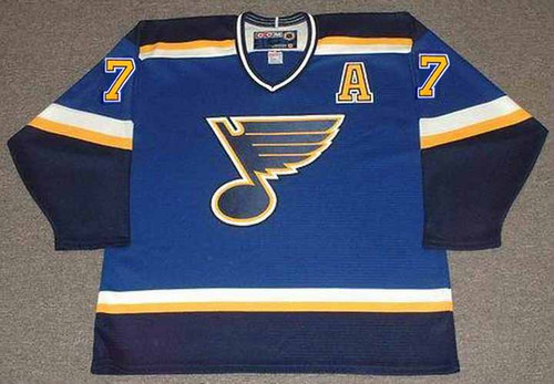 KEITH TKACHUK St. Louis Blues 2003 CCM Throwback Home NHL Hockey Jersey - Front