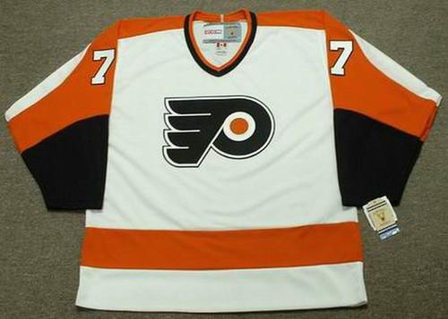 ANDRE LACROIX Philadelphia Flyers 1971 CCM Vintage Throwback Home NHL Jersey  - Custom Throwback Jerseys d9ca3cfaf