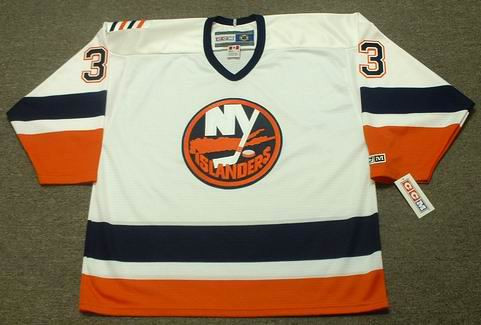 55ff4c25c ZDENO CHARA New York Islanders 1999 Home CCM Throwback NHL Hockey Jersey -  BACK. See 3 more pictures