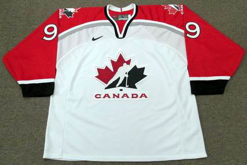 WAYNE GRETZKY 1998 Team Canada Nike Olympic Hockey Throwback Jersey - FRONT