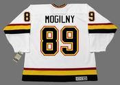 ALEXANDER MOGILNY Vancouver Canucks 1996 CCM Vintage Home NHL Hockey Jersey