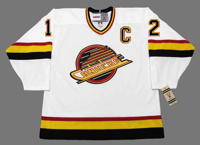 ... Vancouver Canucks 1989 CCM Vintage Home NHL Hockey Jersey. Image 1 f0a1f82e4