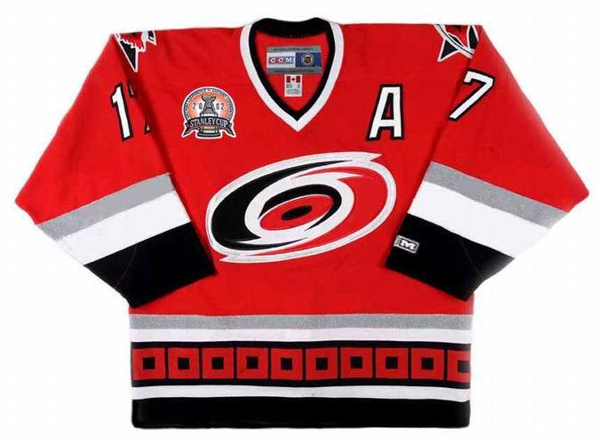 ROD BRIND AMOUR Carolina Hurricanes 2002 CCM Throwback Away NHL Hockey  Jersey 0dc7c699fe6