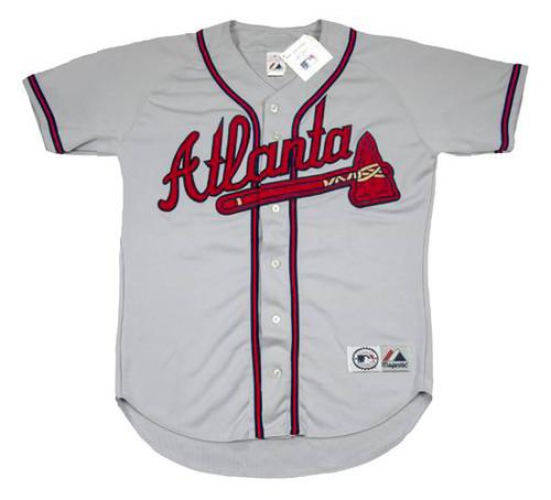 CHIPPER JONES Atlanta Braves 1995 Away Majestic Throwback Baseball Jersey - FRONT