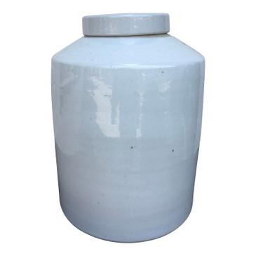 White Porcelain Cylinder Tea Jar