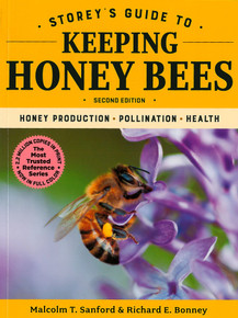Storey's Guide to Keeping Honey Bees, 2nd Edition / Sanford, Malcolm T & Bonney, Richard E / Paperback