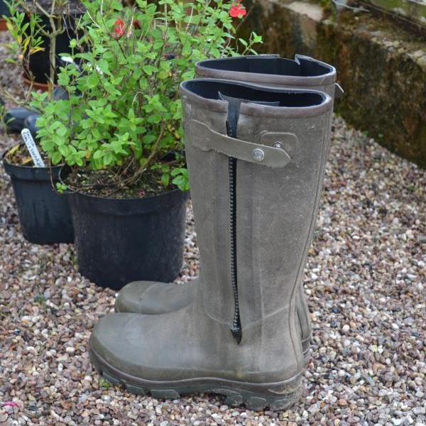 malcolm-wellies.jpg