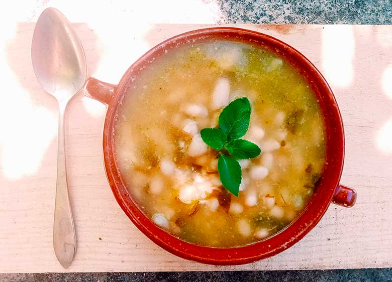 white-beans-hot-spicy-oregano.jpg