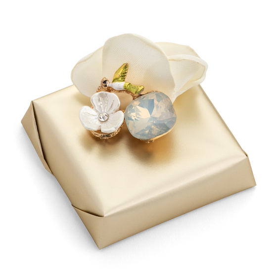 FIORE-Decorated Bridal Shower Chocolate Favor